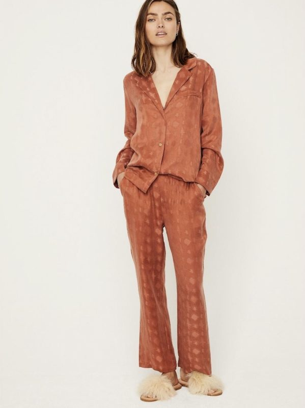 Pyjamas Chic_House Party_quarantine look_safe pretty and natural_Love Stories
