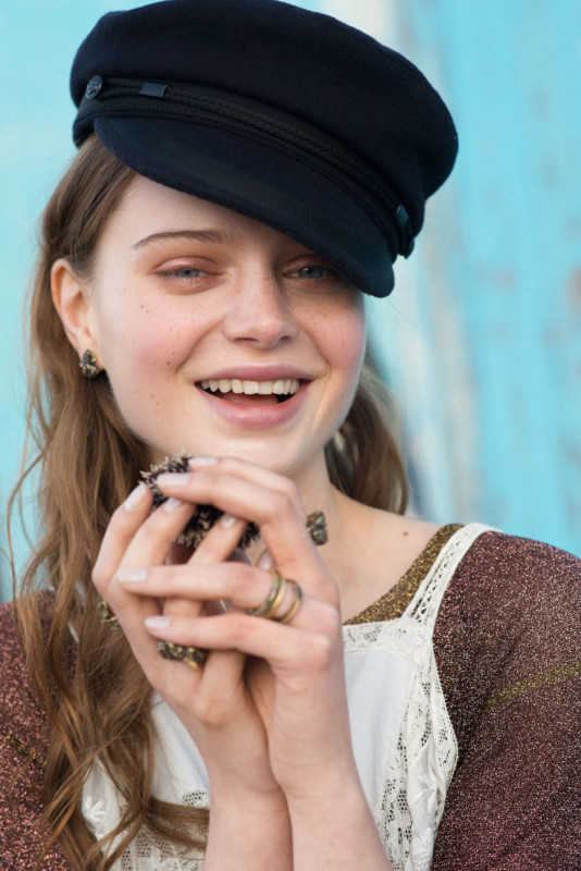Norwegian catch of the day Puglia _Savelletri ph. Ann Casarin. Earrings and rings Ludo Jewellery, sweatshirt ottod'Ame, hat Isabelle Marant by H&M.