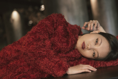 Marcy Yi Chin Lin_I'm the Red Trouble, style Aureliano Quattrone, Model: Maggie Cheng, Make up & hair: Michela Husanu,