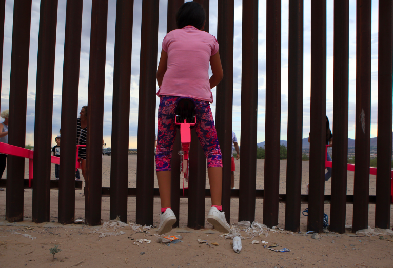 Pink seesaws_US Mexican border_Virginia San Fratello_Ronald Rael