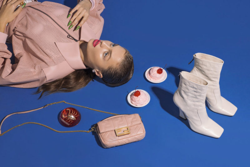 NEXT GLAM ALIEN_Pink leather jacket, belt, white leather boots and pink nappa bag Fendi Smerald, white gold and diamonds earring Farnese