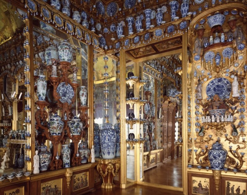 China We are with you_Fondazione Prada_The Porcelain Room - Chinese Export Porcelain