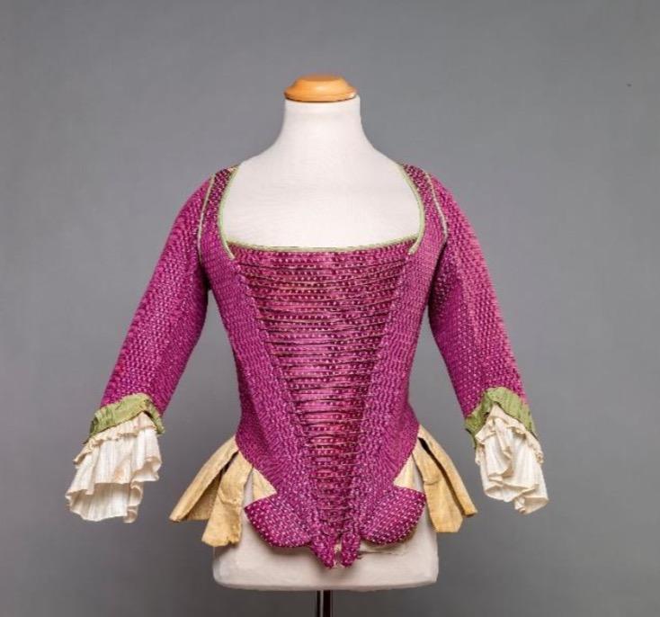 Decades of Iconic Fashion_1760s fashion_courtesy of Comune di Milano_Palazzo Morando Costume Moda e Immagine_photo Marco Beck Peccoz