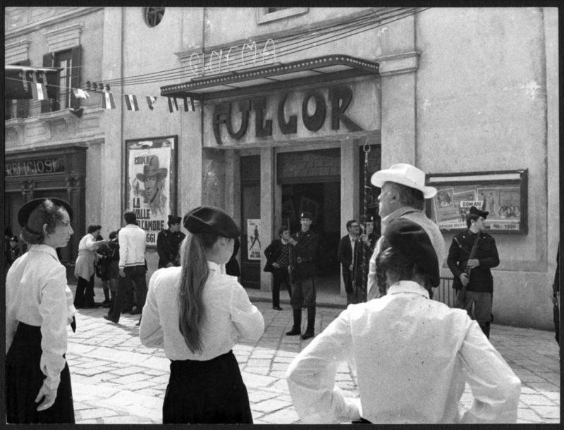 Fellini_set Amarcord_1973_photo by Davide Minghini