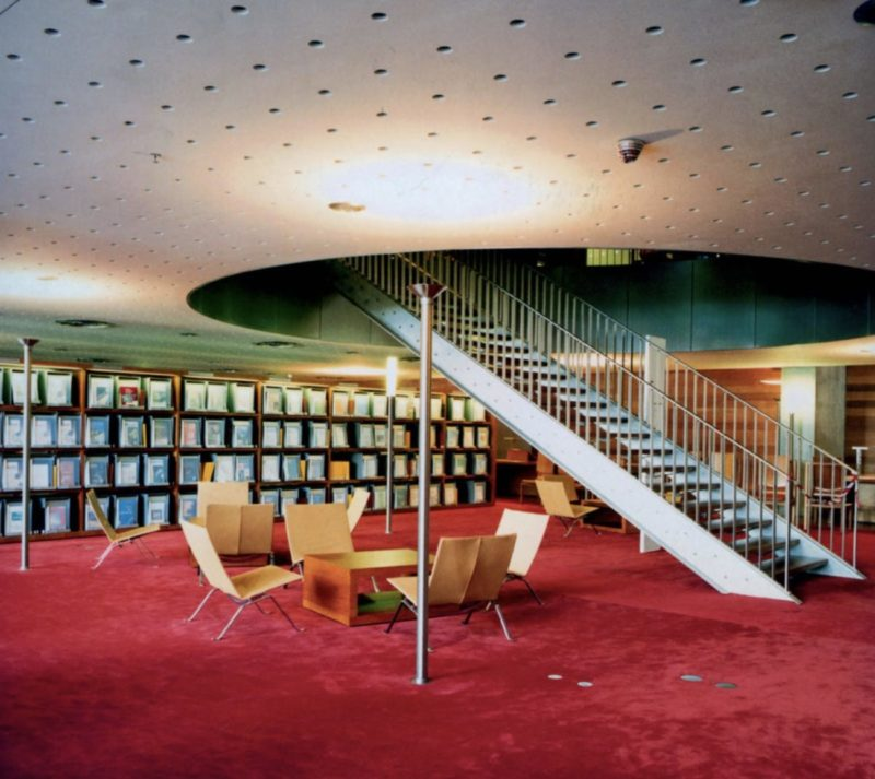 Your Home Your Library_Bibliophilia_DRY Issue 1_libraries_books_Photo Candida Höfer