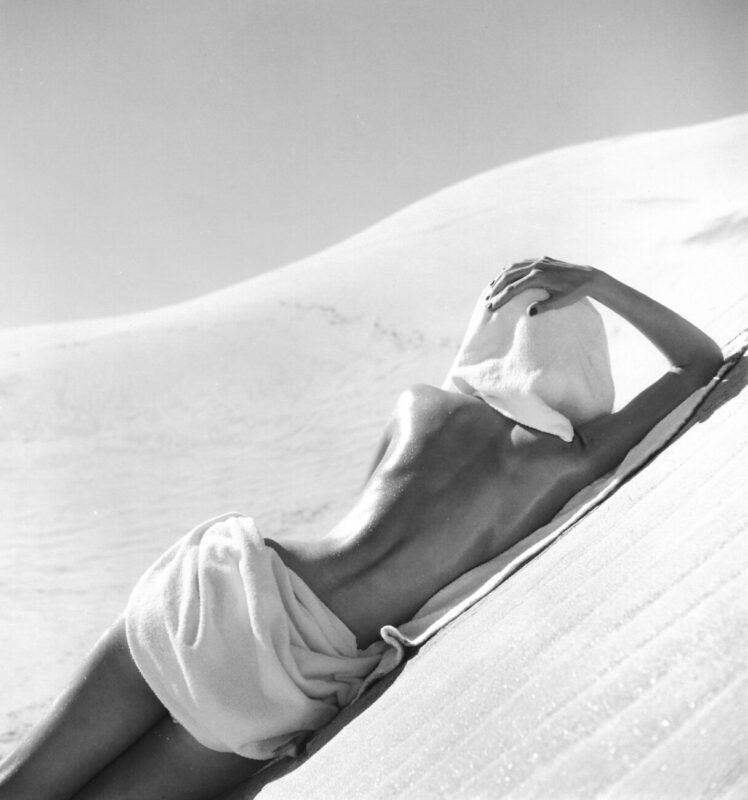 Opposites to Zero_Louise Dahl-Wolfe_California Desert, 1948