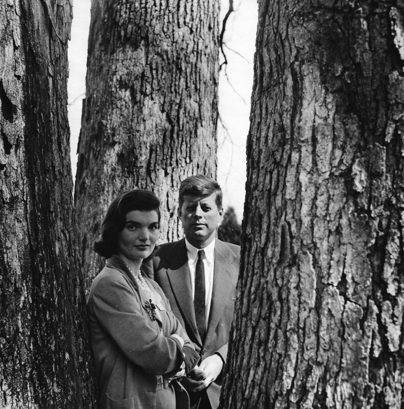 Opposites to Zero_Louise Dahl-Wolfe_Senator John F. and Jacqueline Kennedy at their home in Virginia, 1953