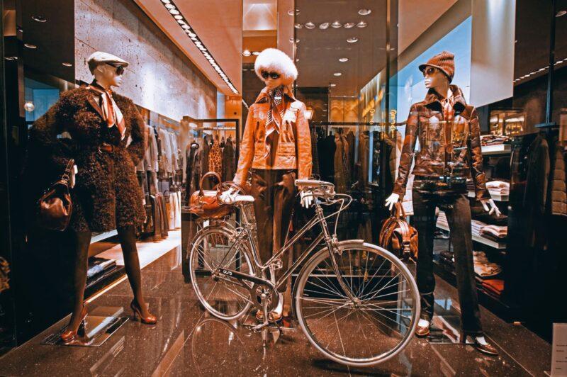 A New Holiday Fashion Chapter_Cortina, Riccione, Taormina_shops_2020_Parisi_Taormina_boutique