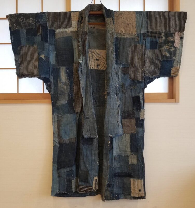 Quilting Bee 2.0_Japanese Antique Boro Kimono Reversible Meiji Era 1900s Yogi Patchwork Bodoko_on sale on Etsy