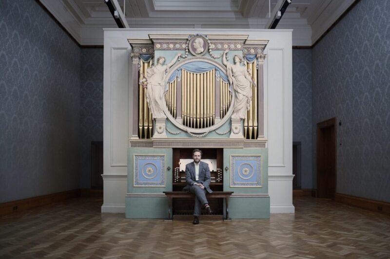 The Sky in a Room_Fondazione Nicola Trussardi_performance_Ragnar Kjartansson_San Carlo al Lazzaretto