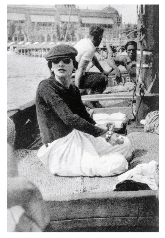 Chanel Eyewear Goes Viral_Gabrielle Chanel on Roussy Sert's yatch in front of the Lido of Venice