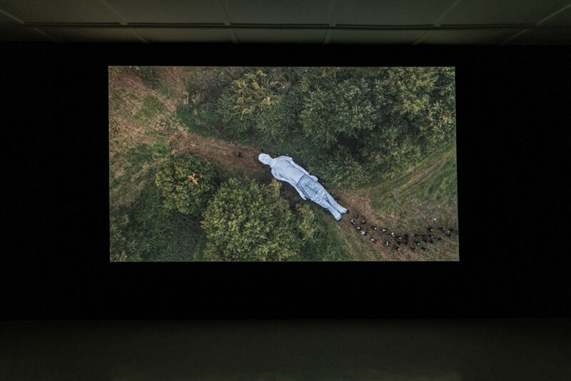 A Funeral Full of Life_Galleria Continua_30 anniversary_solo exhibitions_JR, Omelia Contadina 2020, A cinematic action by JR and Alice Rohrwacher. Photo Ela Bialkowska, OKNO Studio