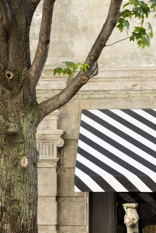 Juanita Nielsen's Stripes_Dickson's Orchestra Block Stripes_fashion_design_architecture_Community Centre_Sidney