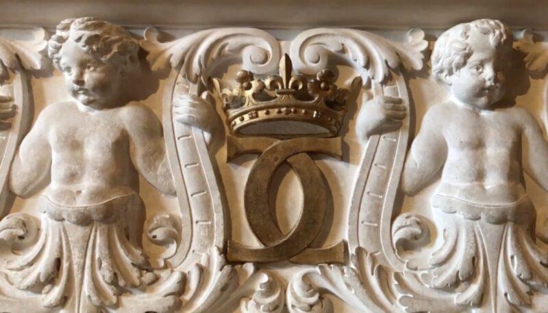 Le Dame et Le Mademoiselle_Chanel's 2020 21 Métiers d'art collection at Château de Chenonceau_Château des Dames_Virginie Viard_Gabrielle Chanel_Caterina de' Medici_Photo Juergen Teller
