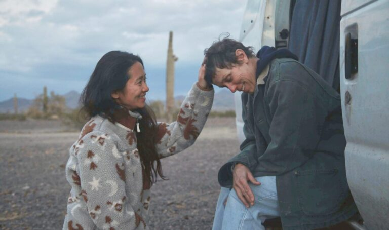 Director/Writer/Editor/Producer Chloé Zhao and Frances McDormand on the set of NOMADLAND. Photo by Joshua James Richards. © 2020 20th Century Studios All Rights Reserved
