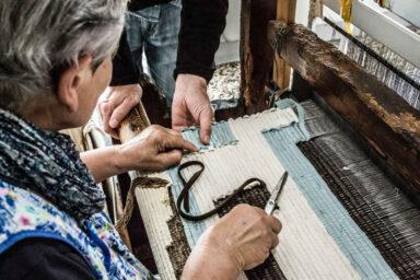 Artigiana al telaio, La Ragione nelle mani, Stefano Boccalini, Copyright Emanuel Montini